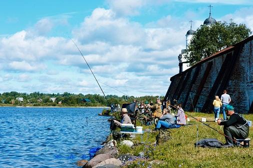 «ИНТЕРСКОЛ» вручил награды рыболовам